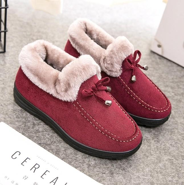 老北京棉鞋女冬季保暖加绒加厚短款平底防滑雪地靴妈妈毛毛鞋