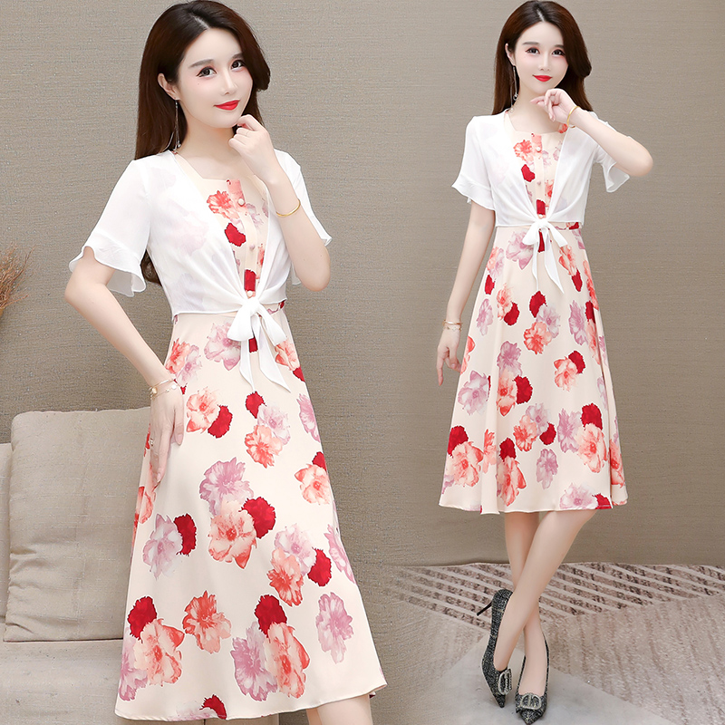 Fashion young mother dress 2-piece suit