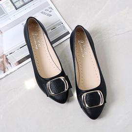 尖头浅口单鞋女冬季2020新款粗跟女鞋简约百搭鞋子韩版平底小皮鞋