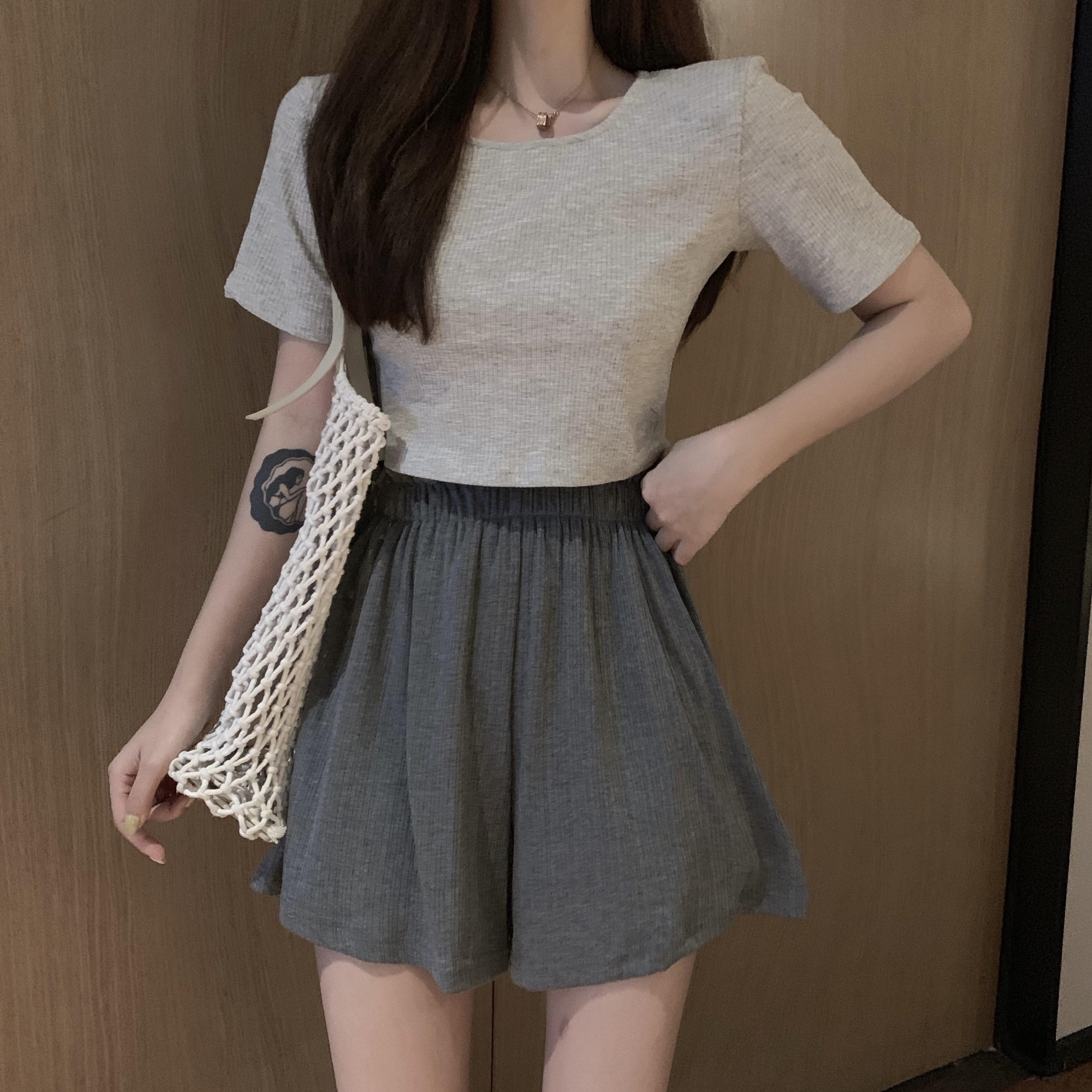 时尚套装裙女2019夏季新款鬼马少女短款T恤+高腰裤裙运动风两件套