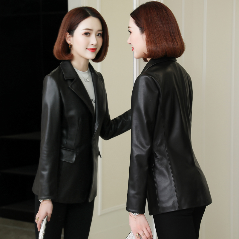 Anti season leather coat women's medium long 2020 new fit Haining spring and autumn pure sheepskin suit