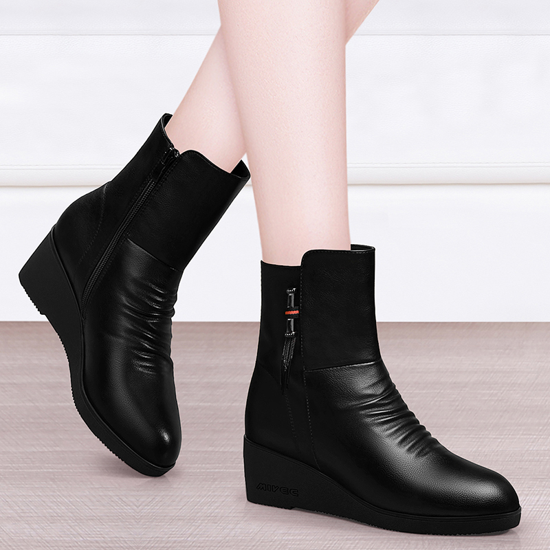 Womens short boots 2020 new spring and autumn single boots Korean version middle heel thin boots British style Martin boots Plush womens Boots