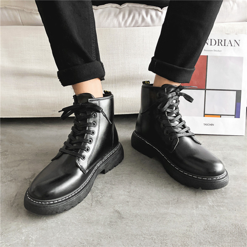 Ins trend British style Martin boots mens pure black high waist outdoor wear resistant and anti slip tooling boots Hong Kong Style youth mens shoes