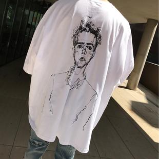 OVERSIZE素描主题大码 东大门韩国男装 T恤TEE 代购 宽松落肩五分短袖