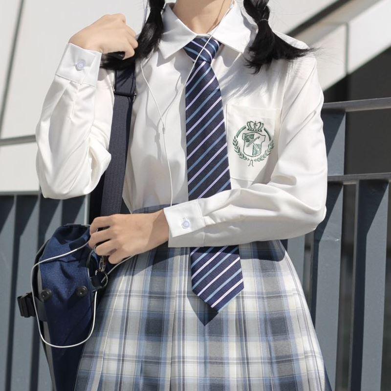 正统JK刺绣衬衫奶白色制服长袖加绒短袖女学生米白学院风圆领衬衣