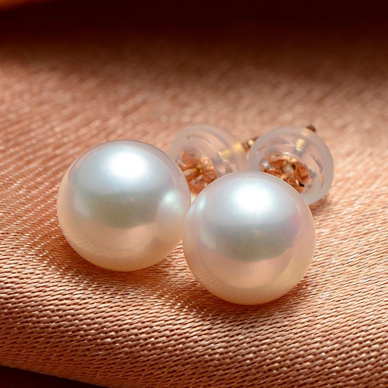 欧欣ジュエリー日本Akoya海水真珠18 K金ピアスは正円がないです。
