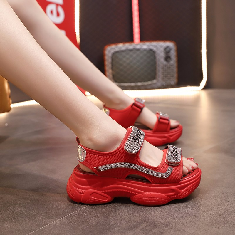 Yuan Xinmeng water diamond sandals women 2020 summer new net red bear muffin student magic stick thick bottom sandals