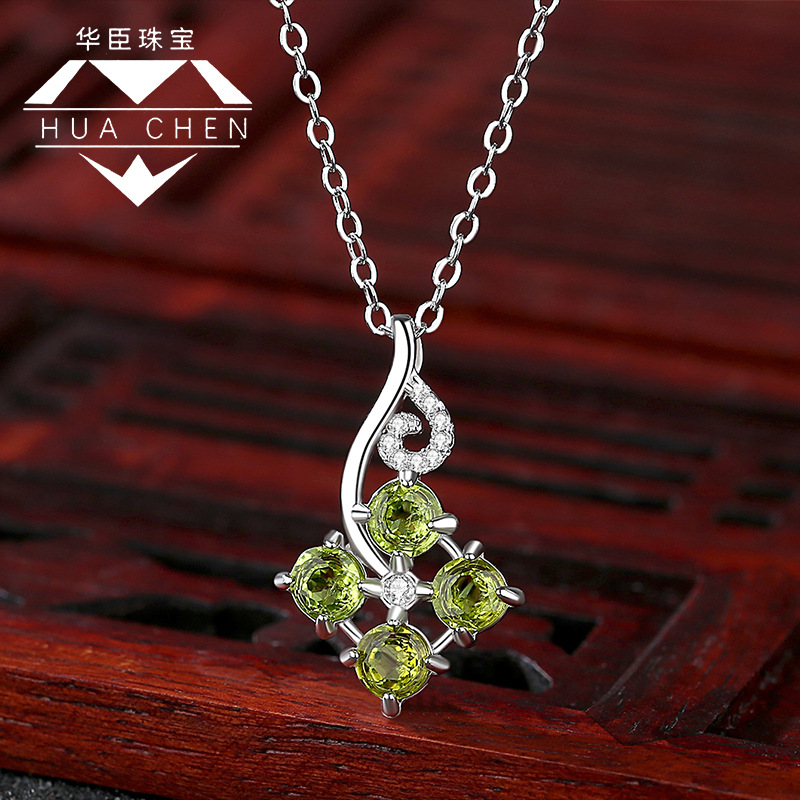 Necklace womens Sterling Silver New Diamond lucky clover olivine classic retro national style fashion exquisite pendant