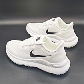 2020春夏季新款透气网面运动鞋女休闲轻便跑步鞋情侣鞋广场舞鞋子