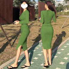 褶皱显瘦性感包臀紧身连衣裙长款过膝t恤裙子秋长袖修身开叉长裙