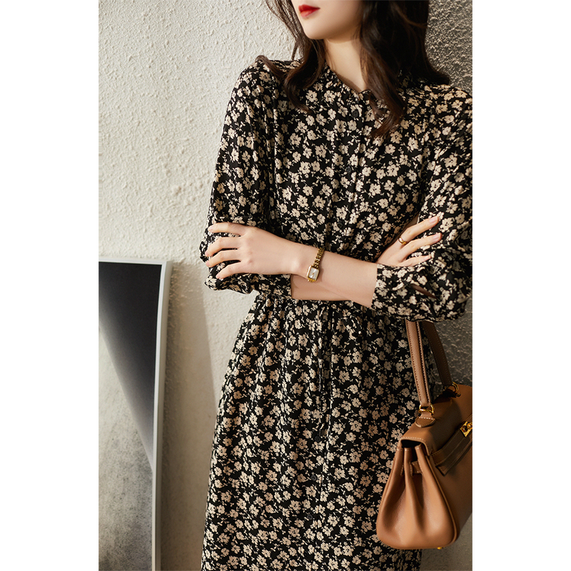 のXiaohange base floral dress autumn and winter, all-match inner temperament autumn dress QZR380592AG
