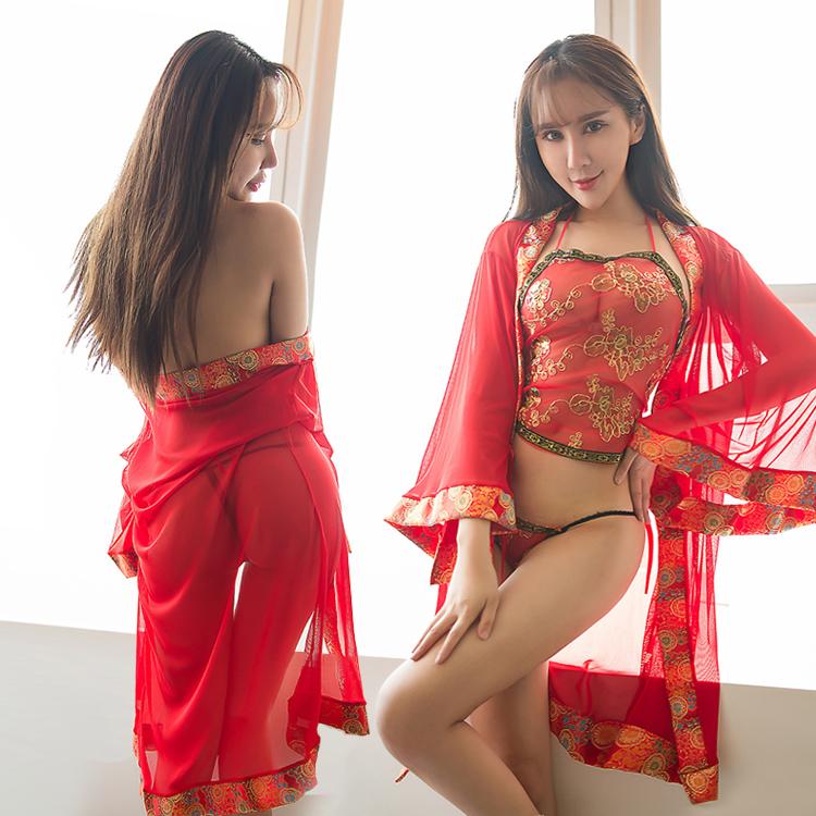 情趣内衣女式亮片刺绣古典透视肚兜透明极度诱惑骚性感挂脖制服
