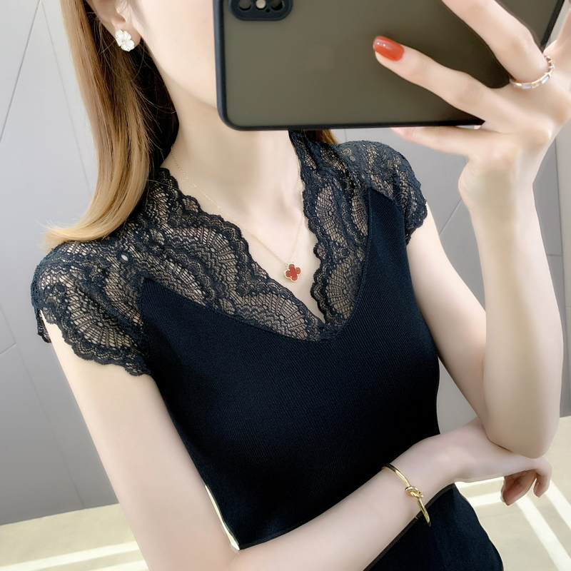 Niche design slim lace T-shirt short sleeve womens new spring and summer tight white sweater in 2021