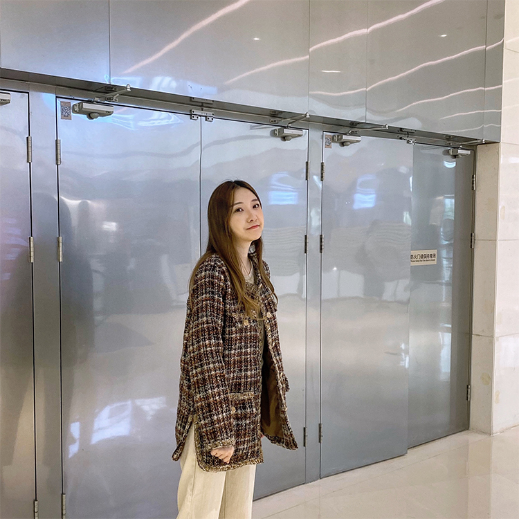 [Dui a] foreign style small fragrance long coarse woolen plaid coat