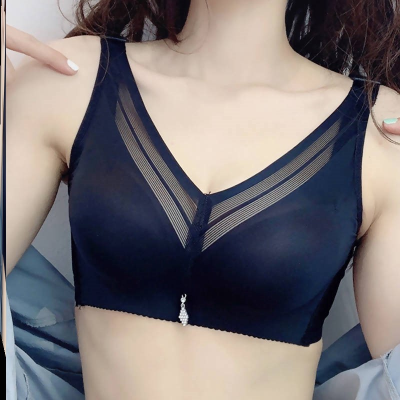 ? French underwear women gather big chest to show small sexy heart without steel ring lace triangle cup bra set thin