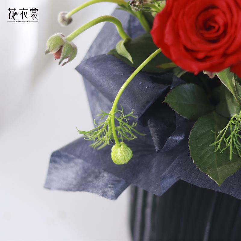 花の衣のマシュマロの裏地に花の花束とプレゼントの包装紙の裏地に材料の鮮度を保つ紙の花屋さんが使います。
