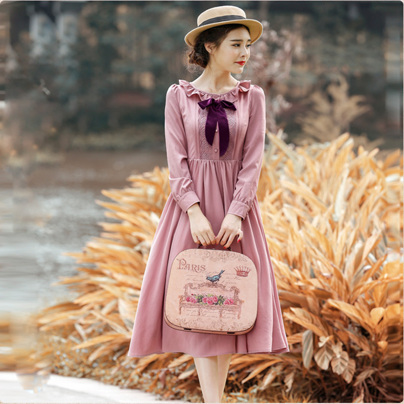 Womens spring and Autumn New Retro Republic style literature and art dress with ruffle collar and mid long skirt