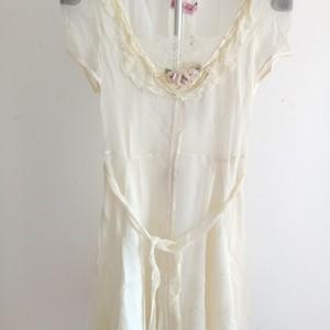 粉红玛丽2021艾莱夏专柜撤柜连衣裙