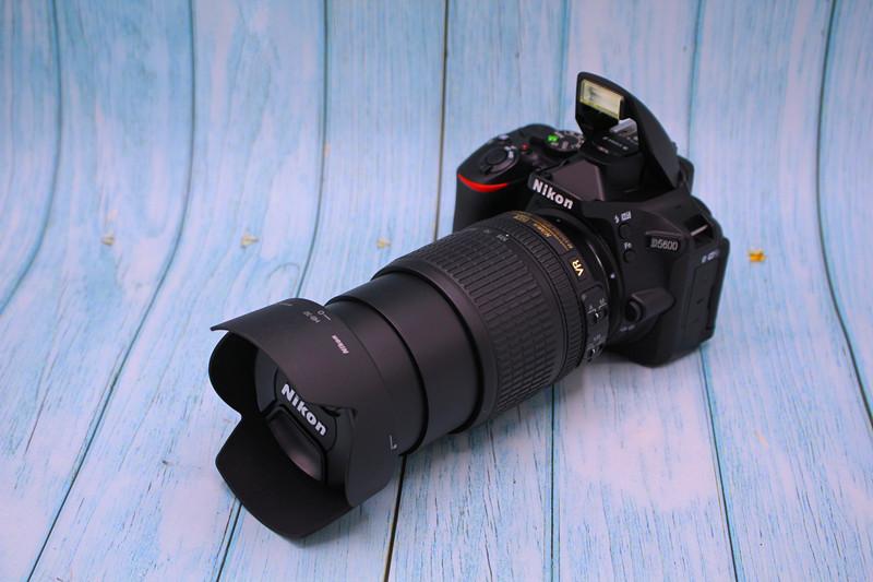 顺丰Nikon尼康D5600入门级高清数码单反照相机WIFI触屏