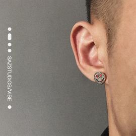 SAZ 欧美嘻哈街头镶钻笑脸耳钉新款气质网红款钛钢不掉色百搭耳饰