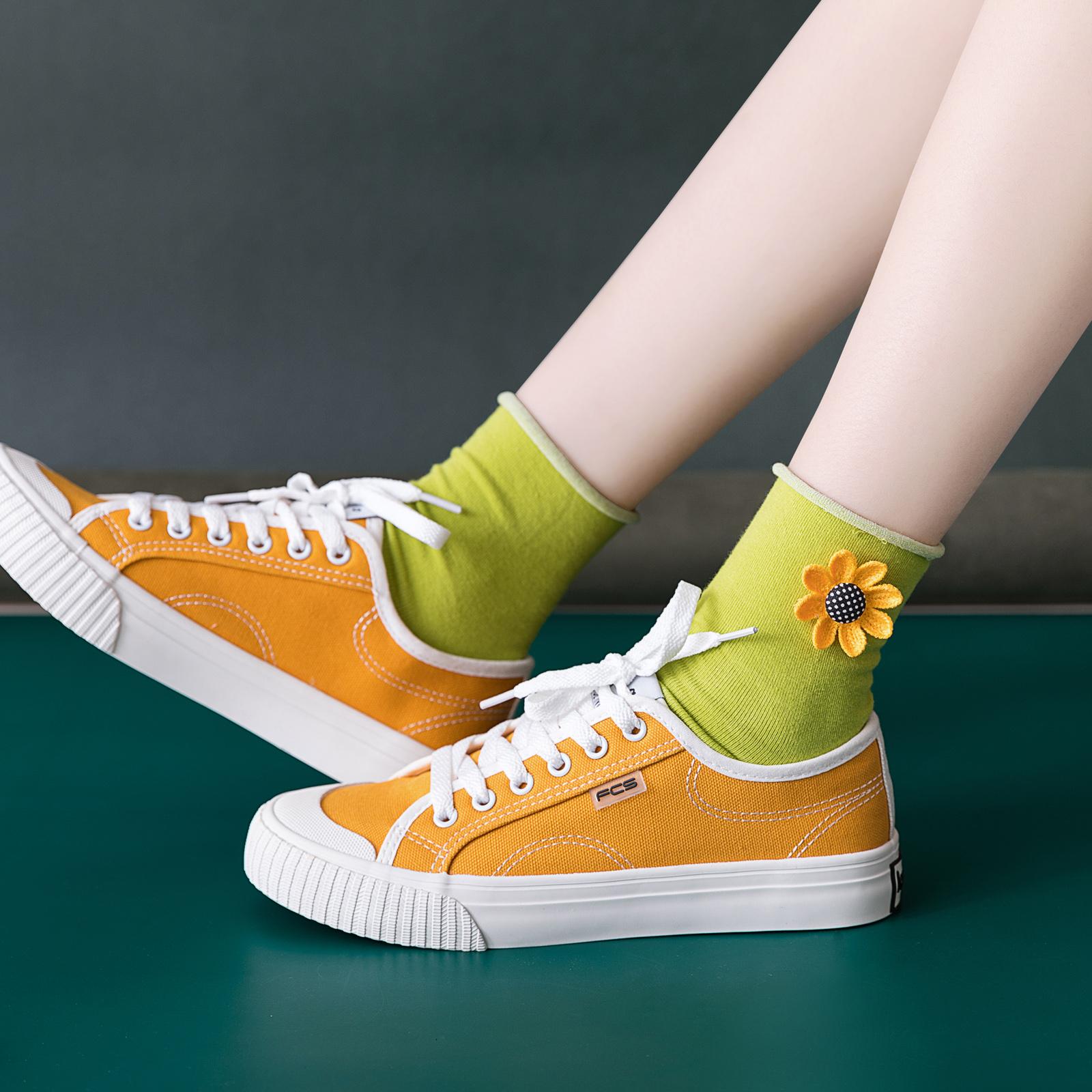 小花朵泫雅风女袜子夏薄款ins潮可爱韩版中筒袜中长款彩色糖果色