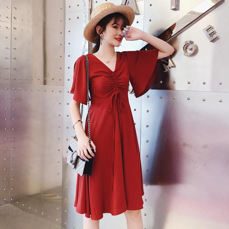大码连衣裙女胖mm2018新款夏遮肚减龄藏肉洋气显瘦加肥加大码裙子