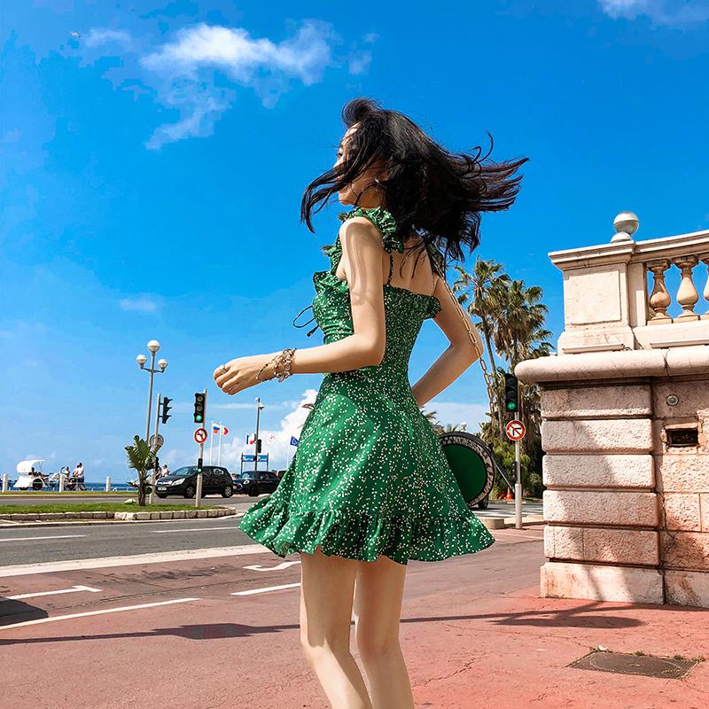连衣裙女夏2018新款收腰显瘦印花碎花小清新绿色雪纺chic背带裙子