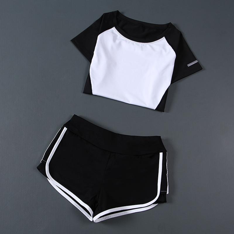 Движение йога костюм женщина лето два рукава быстросохнущие верхняя одежда с короткими рукавами нефрит Цзя бег шорты тонкий фитнес одежда
