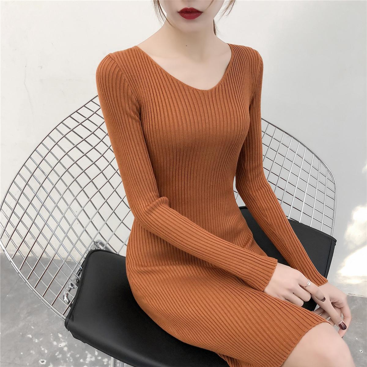 实拍2018秋冬新款V领长袖针织衫连衣裙打底中长款毛衣裙