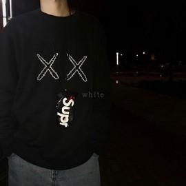 现货联名芝麻街第二季黑色xx套头圆领卫衣林俊杰同款情侣衫潮kaws图片