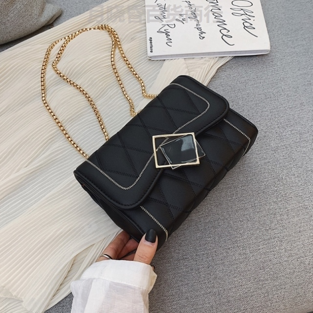 Chain bag womens Crossbody Korean version small foreign style small bag girls bag side backpack fashion purse new single shoulder