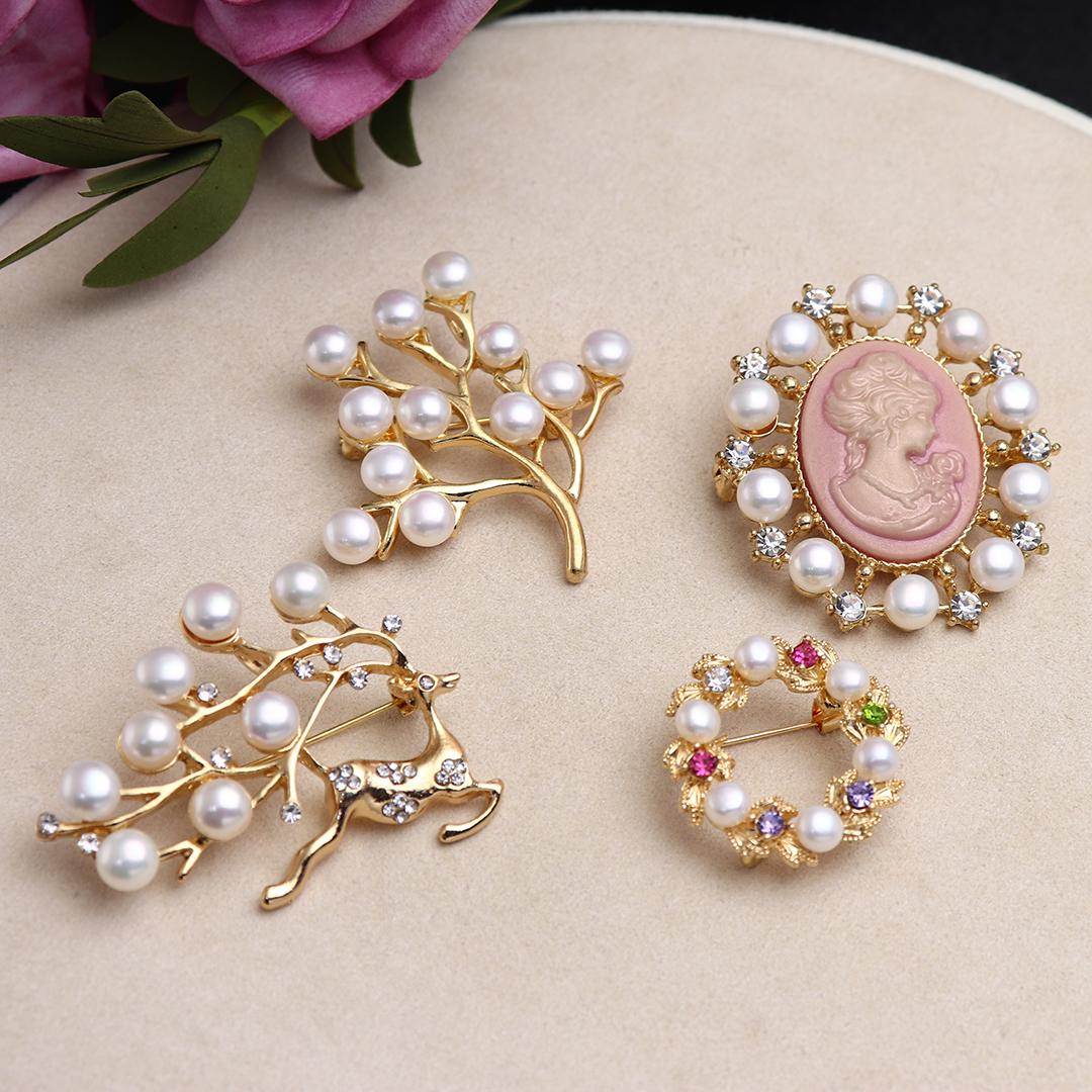 Danshui real pearl brooch fashion temperament multi Pearl Brooch womens anti light pin package mail