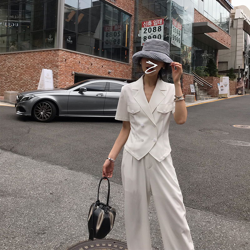 Spot seconds short sleeve Blazer Korean casual coat women