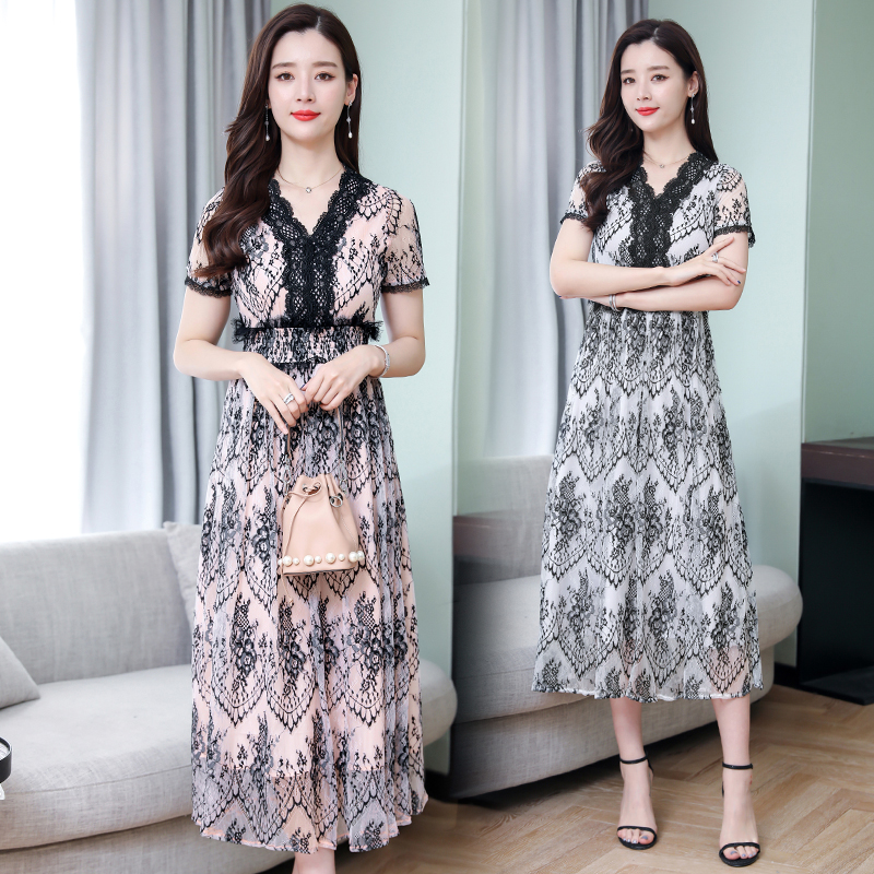 2020 summer new hollow waist black long skirt summer lady junior Lace Dress Small fragrance