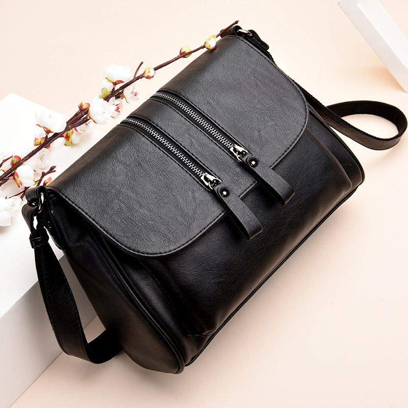 Middle aged womens bag 2020 new mothers bag Versatile Single Shoulder Bag Messenger Bag fashionable soft leather middle aged and old peoples bag big bag