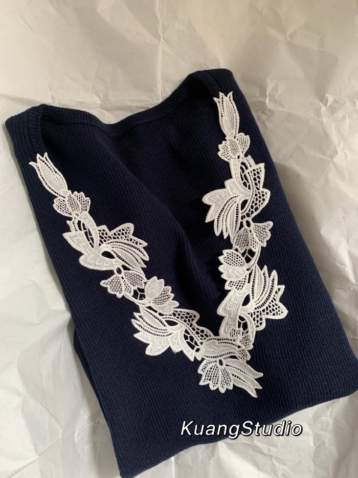 2021 春夏 法式风情刺绣贴花 V领针织弹力修身短袖罗纹针织衫女
