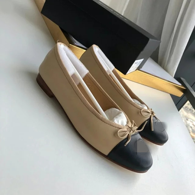 2019 new womens single shoes flat ballet shoes available