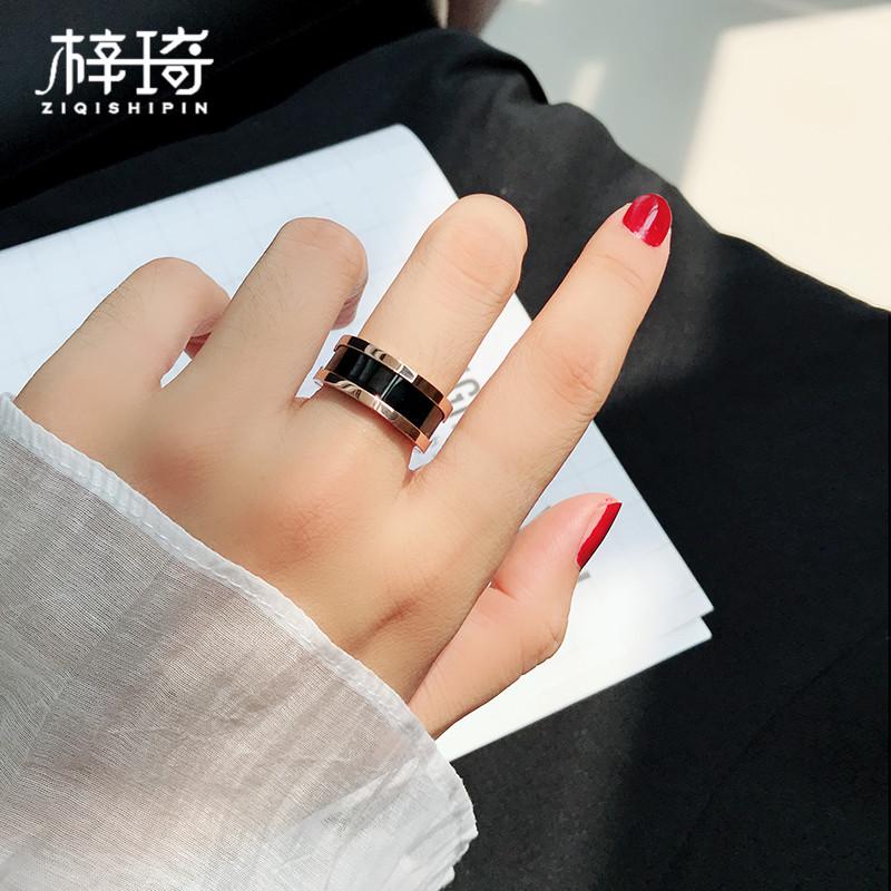 时尚韩版镀玫瑰金钛钢食指戒指男女情侣对戒陶瓷简约个性潮人饰品39.00元包邮