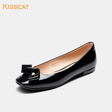 Kiss cat 2019 summer new red flat bottomed women's boat shoes soft bottomed patent leather fashionable square head shallow mouth flat sole single shoes