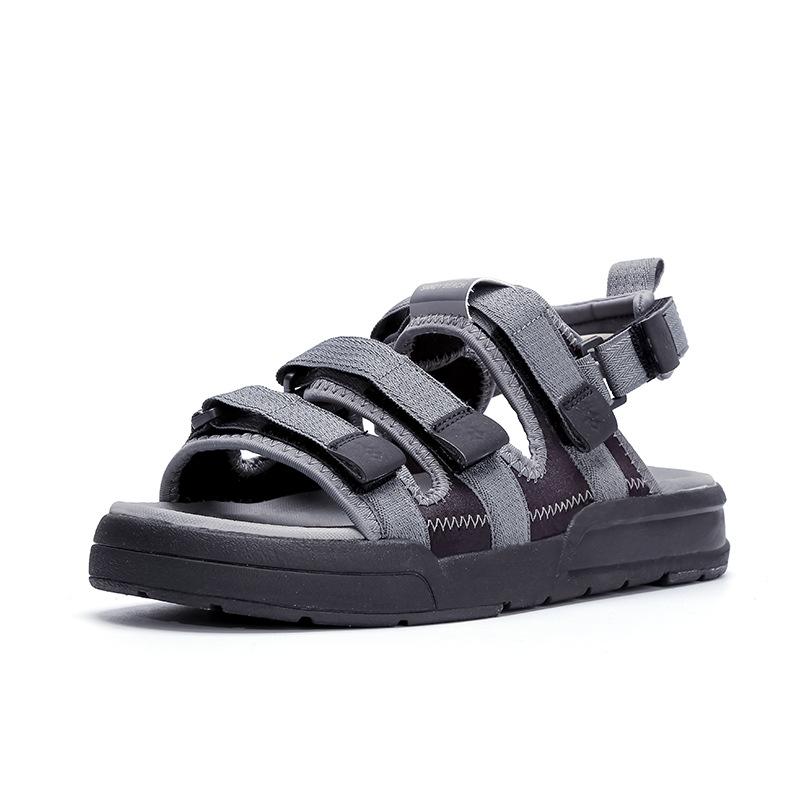 八哥夏季男士凉鞋2018新款个性时尚潮流休闲露趾舒适透气沙滩鞋男