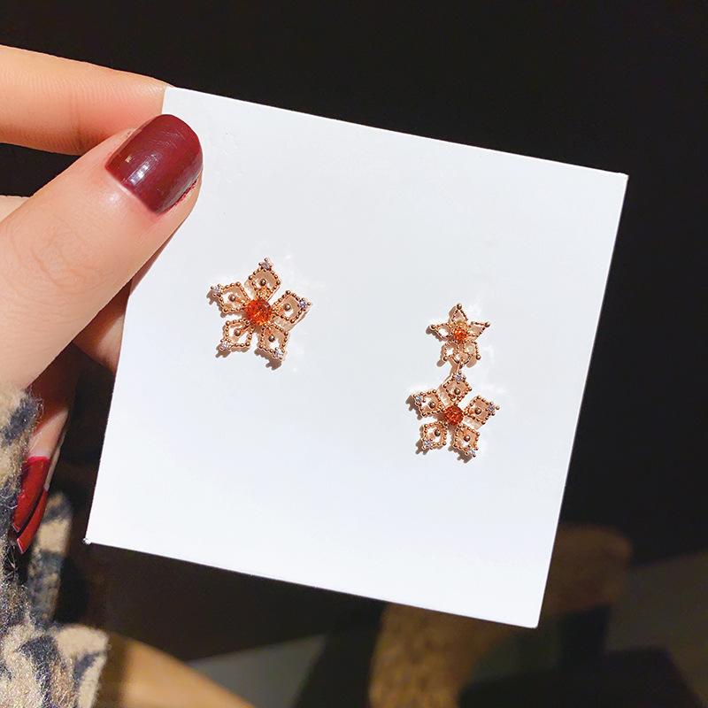 925银针镶钻红宝石耳环韩国不对防称耳钉网红真金电镀星星耳饰女
