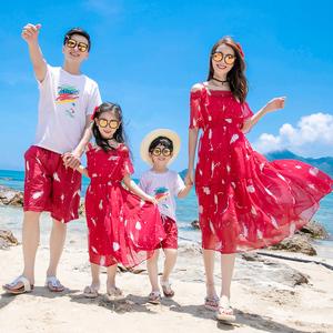 亲子装一家三口海边度假沙滩裙酒红色一字肩母女装洋气连衣裙长裙