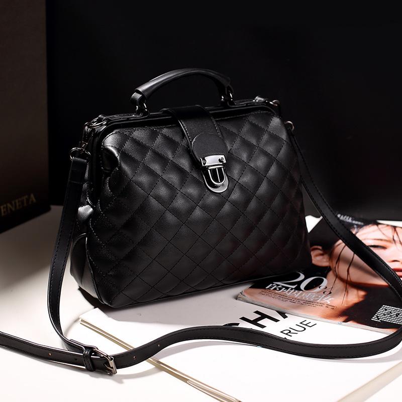 Womens bag new 2020 fashion versatile womens Embroidery doctor bag womens fashion trend straddle one shoulder handbag