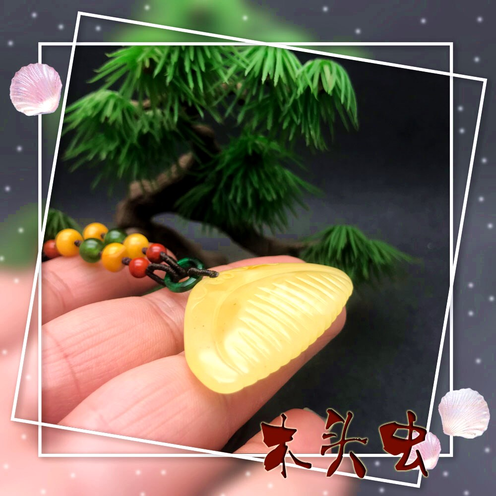Fine natural raw amber wax Necklace Pendant carving comb Baishun jewelry pendant wood worm