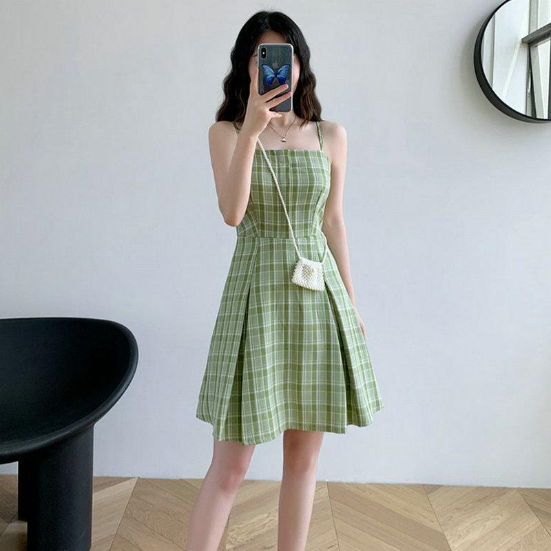 夏季2021新款修身显瘦格子短裙小清新复古甜美学生吊带连衣裙女装