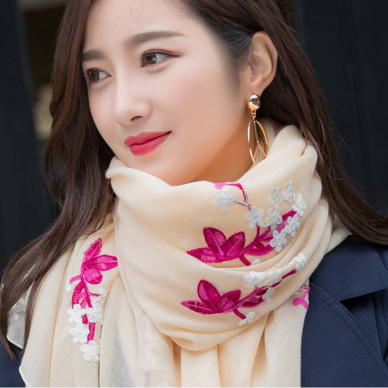 Impulse loss 3000 pieces of new national style scarf in autumn and winter 2019 womens Embroidery Flower cotton and hemp Silk Scarf Shawl long style