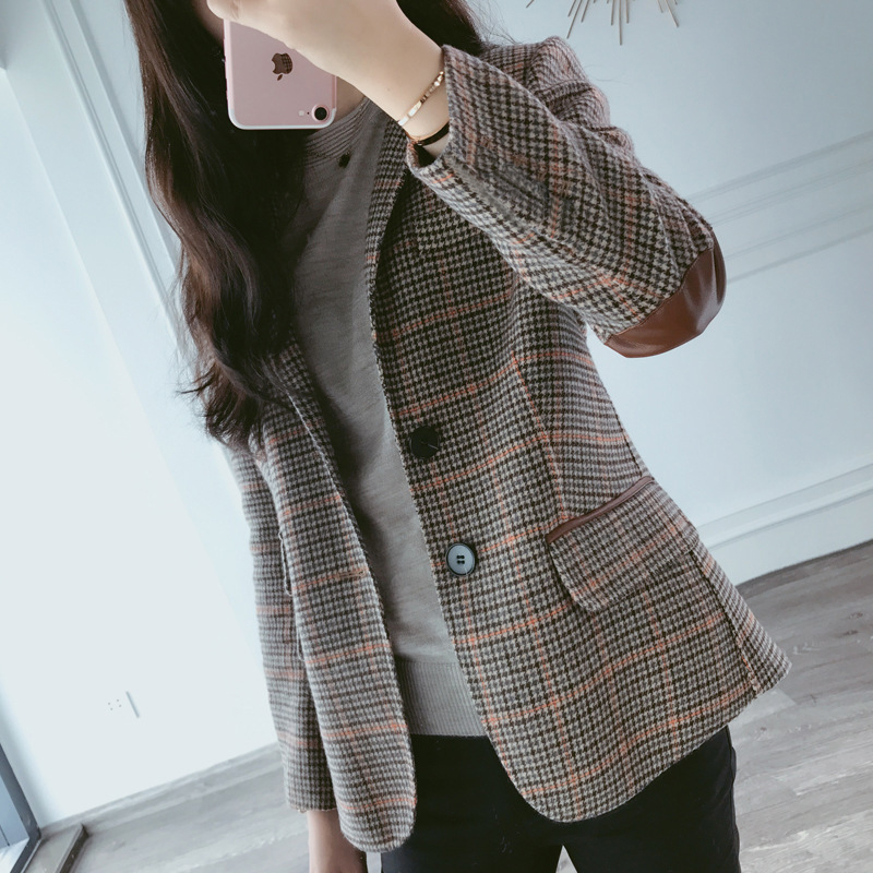 Net red checked small suit women's jacket spring and autumn 2019 new Korean version of body-building short leisure suit women chic