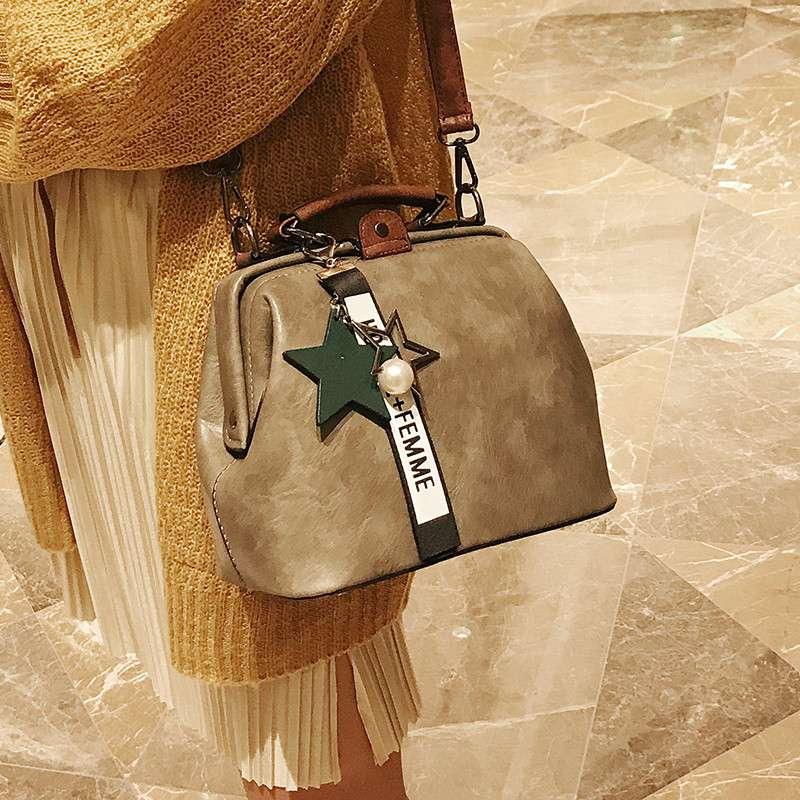 2020 new Korean fashion womens bag retro doctor bag color contrast messenger bag portable Shoulder Bag Mini Bag