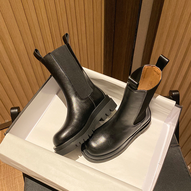 Martin boots womens 2020 new British style leather popular autumn and winter Plush thick bottom bv medium boots Chelsea boots