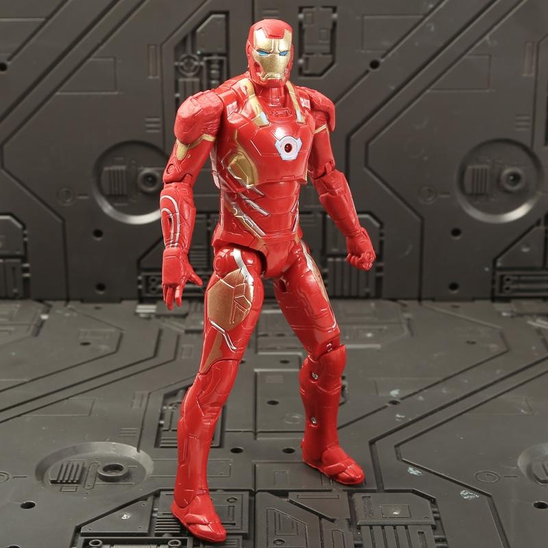 限3000张券复仇者联盟3无限战争钢铁侠绿巨人雷神灭霸可发光手办摆件模型